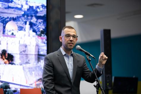 Steven Pedigo, Professor of Practice at the LBJ School and Director of the Urban Lab, speaking at the Center for Integrated Design's Design + Impact event in November 2019